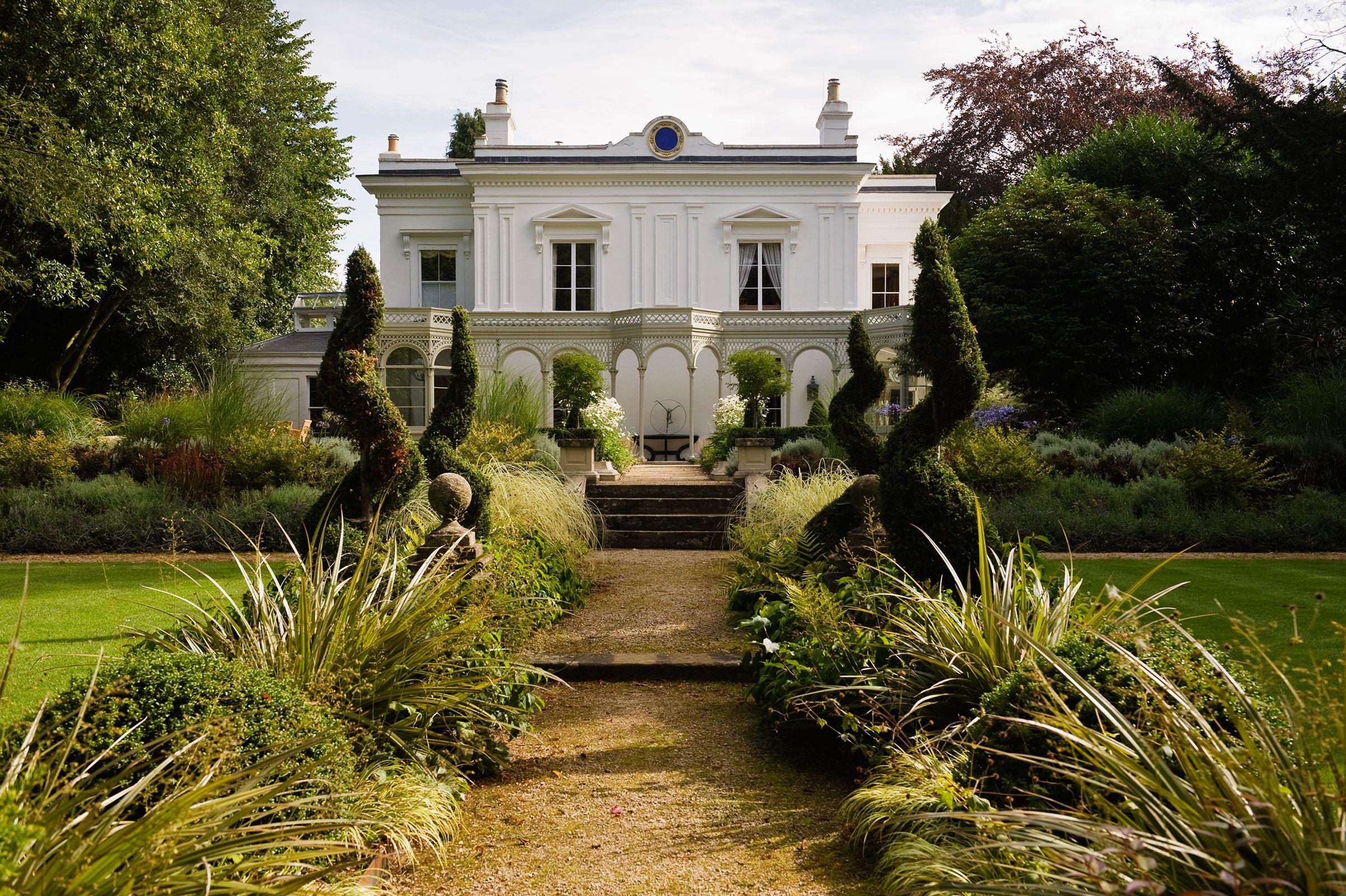 Regency Villa